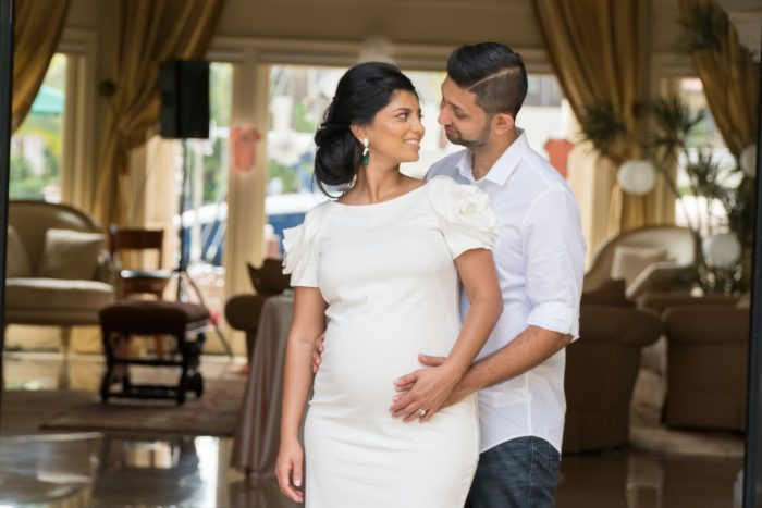 Home Mini Maternity Shoot in Las Olas